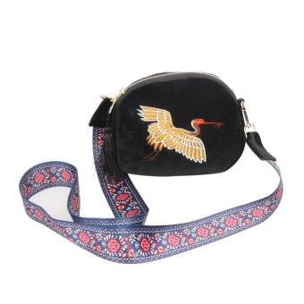 Harga Ethnic Women Pleuche Embroidery Crane Shoulder Bag (Black) - intl