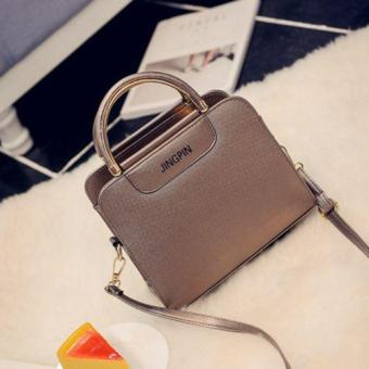 Harga 2017 new Korean ladies shoulder bag fashion handbag handbags Messenger Messenger small square bag wild-Champagne