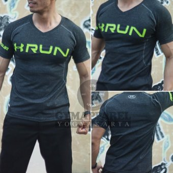 Harga Kaos Tshirt baselayer Under armour Run V-neck Black Misty Compression Slim & Drifit