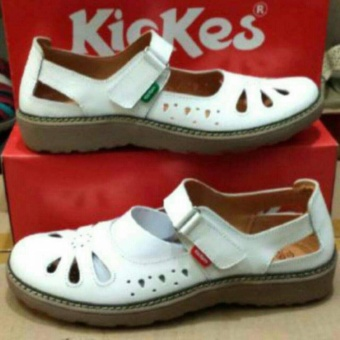Kickers Women White Flat Shoes