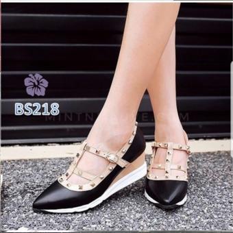Cek Harga Baru Sepatu Wedges Wanita Valen Studed Hitam Salva Bs ... 9d4ef73033