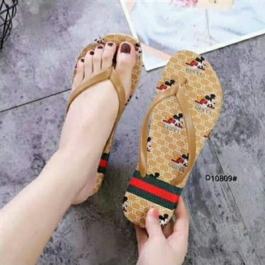 sandal jepit wanita dewasa / sandal jepit gucci import / sandal jepit full karet jelly karakter mickey mouse
