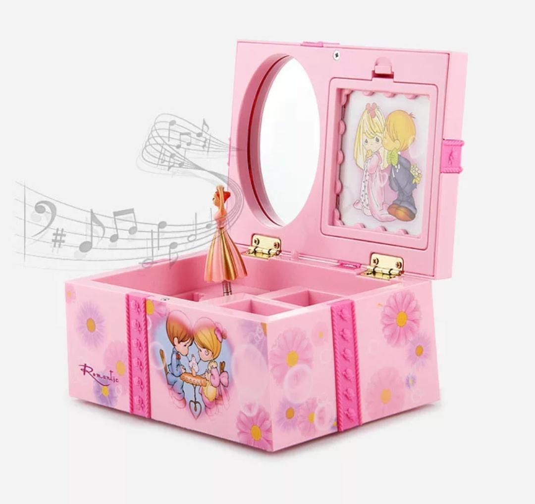 Kotak Musik (Music Box) ballerina