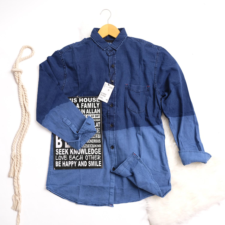 kemeja jeans pria lengan panjang baju kemeja denim kerja kantoran exclusive kemeja soft  washed jeans by.castles