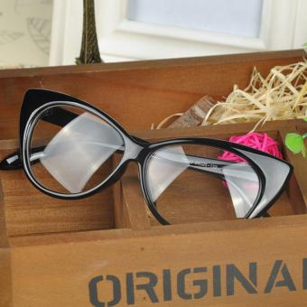 Cat Eye Fashion Carla Sunglasses TR9066 L - Kacamata Wanita