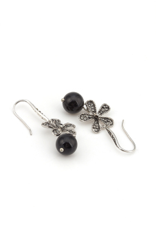 Harga One Zero One Black Pearl Flower Alloy Earrings(Black)