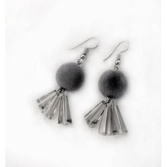 LRC Anting Gantung Trendy Fuzzy Ball Decorated Color Matching Earrings
