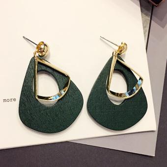 Anting Wanita Bulu Rantai Perhiasan Emas Laki Pria Alergi Mutiara Zirkon Bulu Sterling Rumbai Korea Tusuk