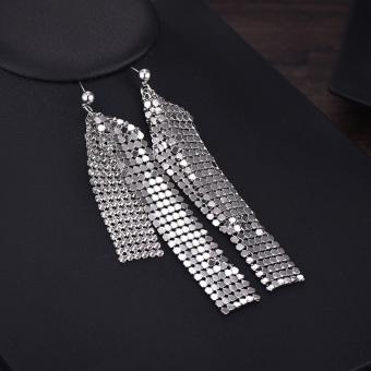 Terkenal Eropa atau Amerika Rumbai Korea Rantai Perhiasan Model Super Panjang Liontin Dibesar Membesar-besarkan