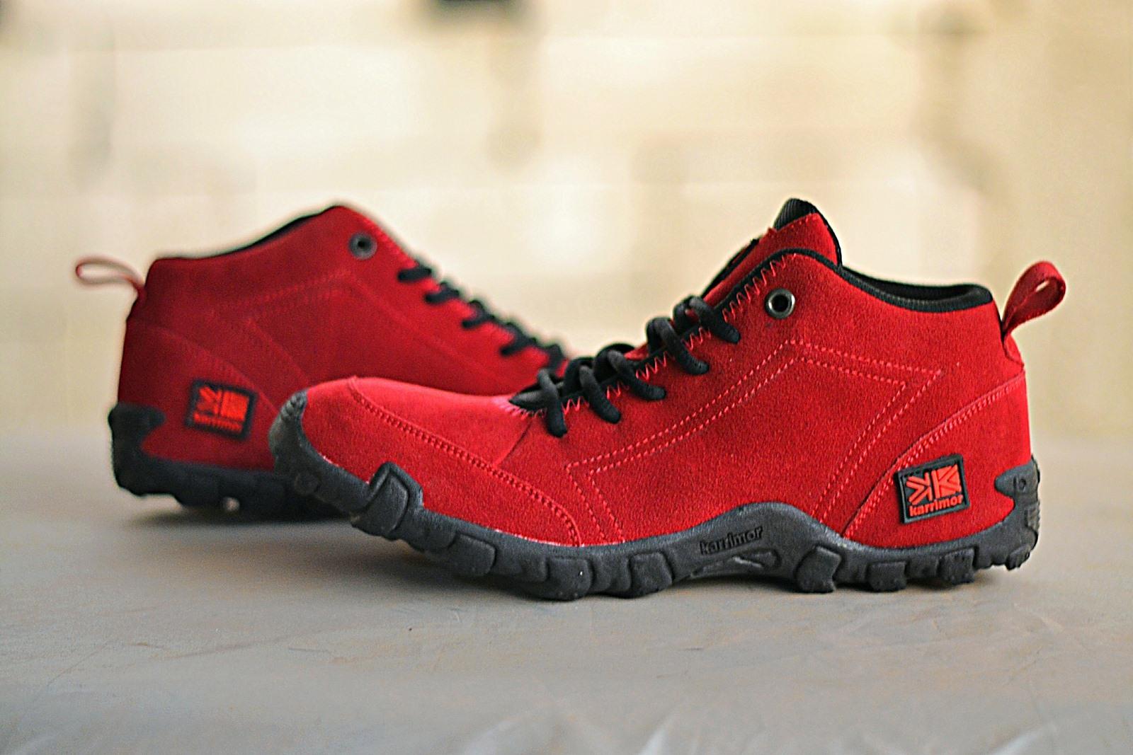 sepatu gunung pria tipe casual – sepatu hiking outdoor  – sepatu karrimor gunung  sepatu mendaki gunung (hiking)