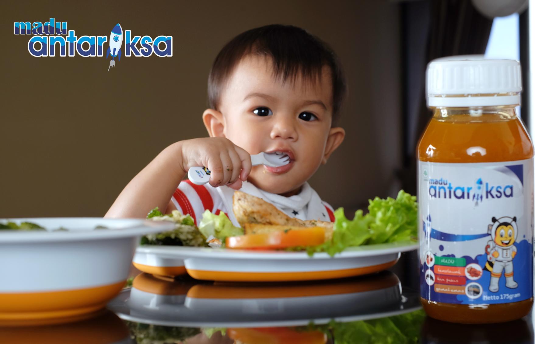 vitamin penambah nafsu makan anak – madu antariksa