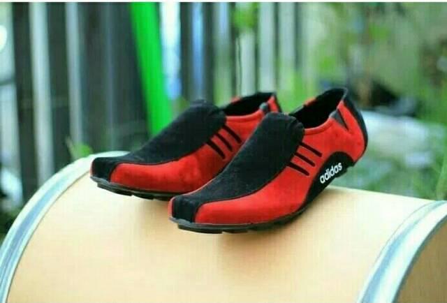 sepatu sneaker pria – sepatu ket – sepatu kasual pria – sepatu pria running sepatu  slop slip on