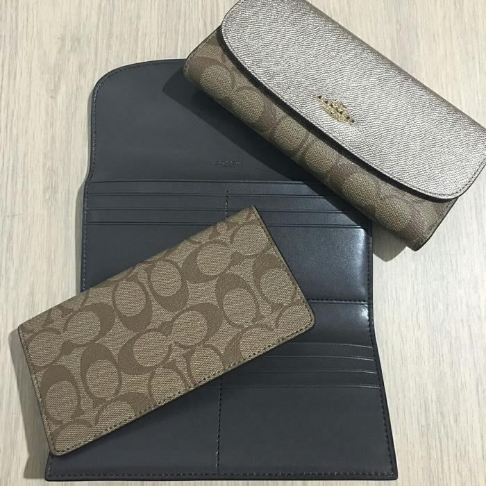 Coach Checkbook Wallet Platinum Khaki. Dompet Coach Original