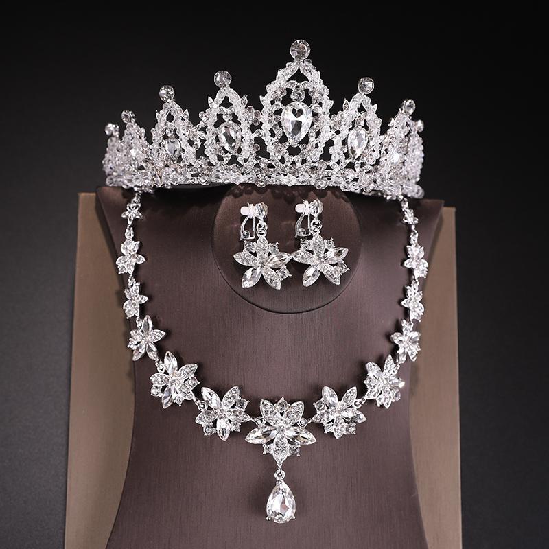 ... Pengantin wanita Gaun pengantin Asesoris kepala Aksesoris 1 paket/set isi 3 pcs BAROQUE DANISA
