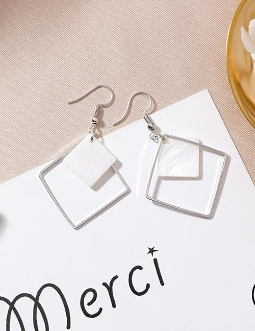 LRC Anting Gantung Fashion Color Square Shape Decorated Earrings