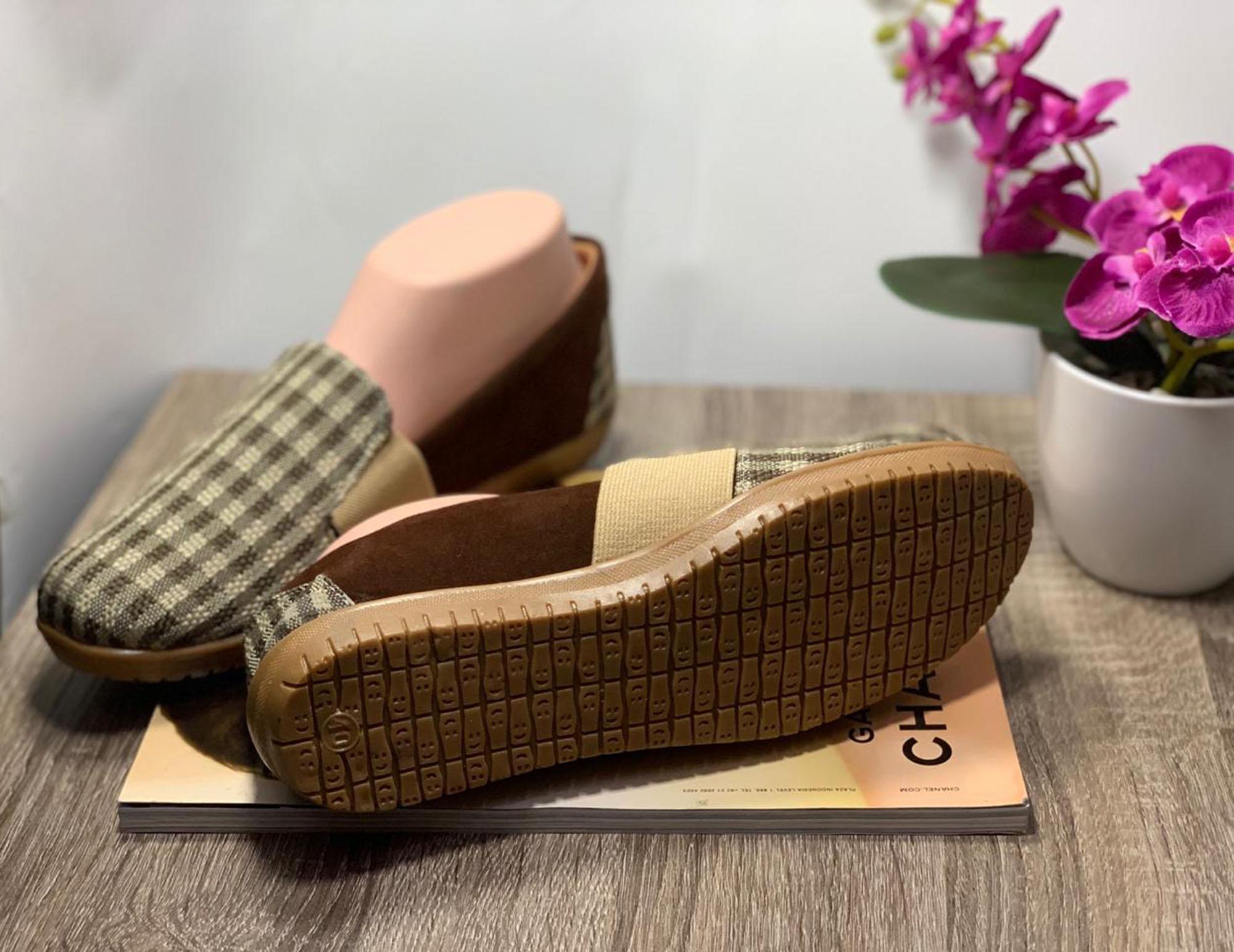 ... Rafisha-Sneakers Slip On Kotak-Coklat - 3