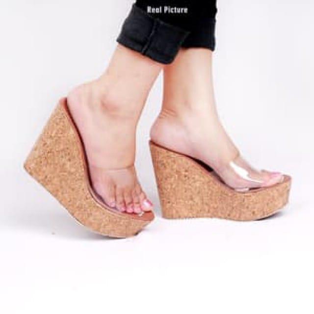 Detail Gambar Gudang Sepatu- sandal wedges mika 971 Terbaru