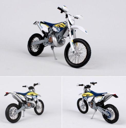 ... 1/12 Balap Sepeda Motor Model Sepeda Motor Tampilan Mainan - 3 ...