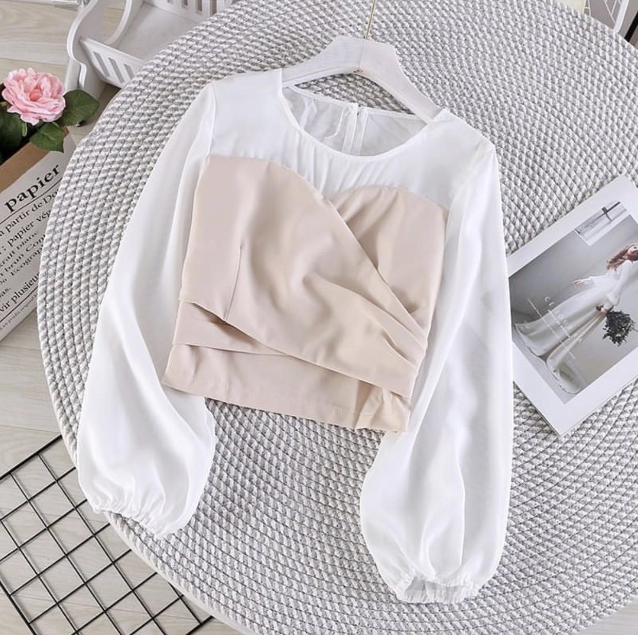 zz larisstore kiora blouse blouse wanita / atasan wanita / fashion wanita / blouse korea / top wanita / baju kekinian / atasan  / atasan wanita  / blouse  / dress wanita / dress  wanita / dress korea
