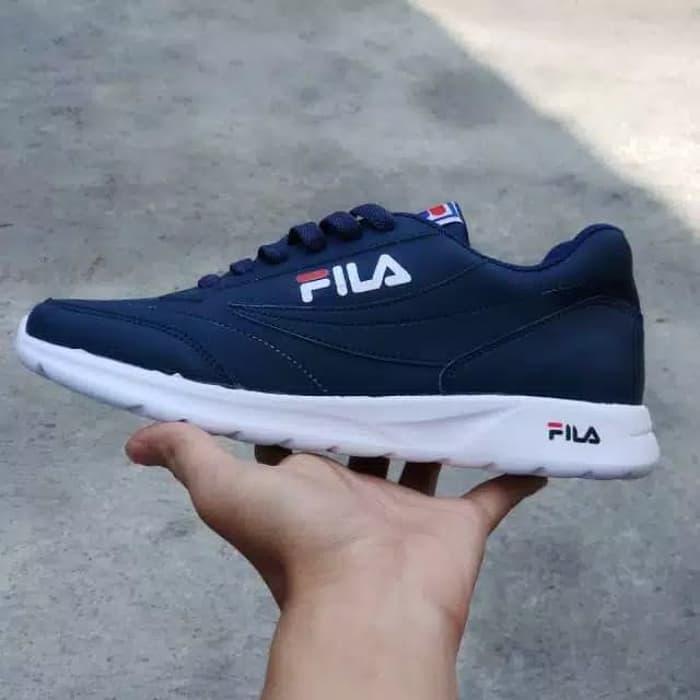 Sepatu Filla Sneakers   Sepatu Cowok   Sepatu Pria   Sepatu Keren   Sepatu  Murah   103e13d4af