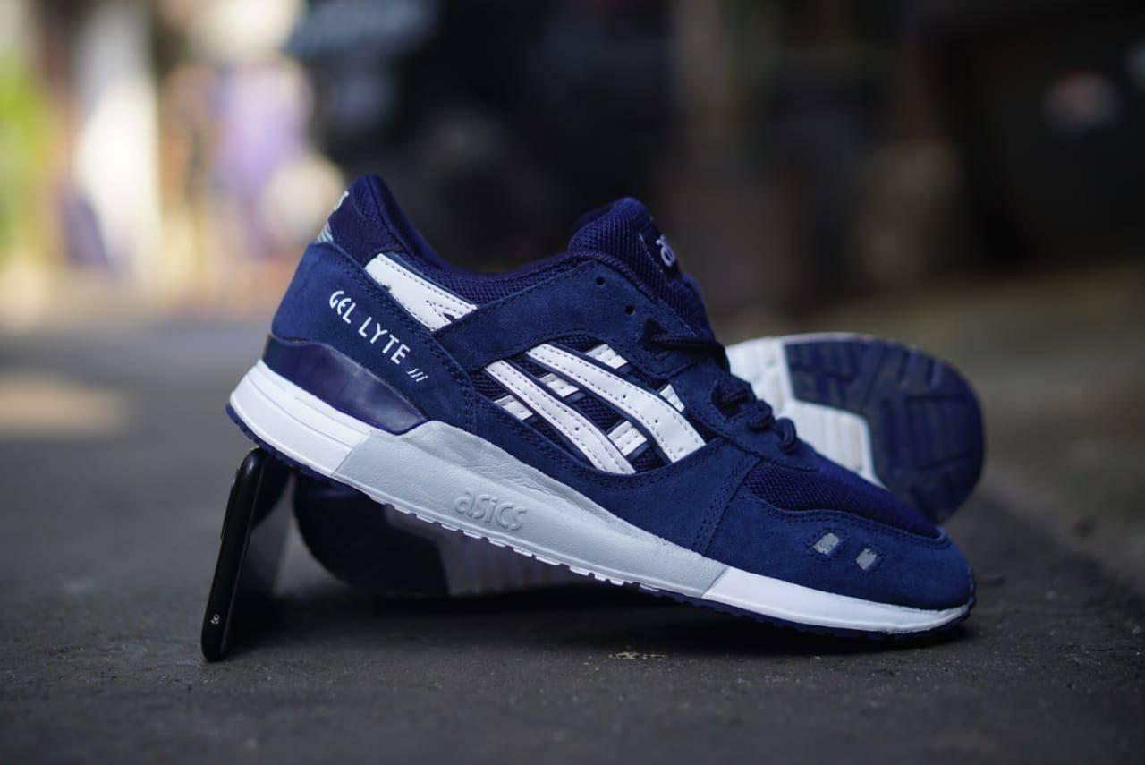 (bayar tempat) sepatu pria high quality premium dengan desain motif  !!! popi ollshop