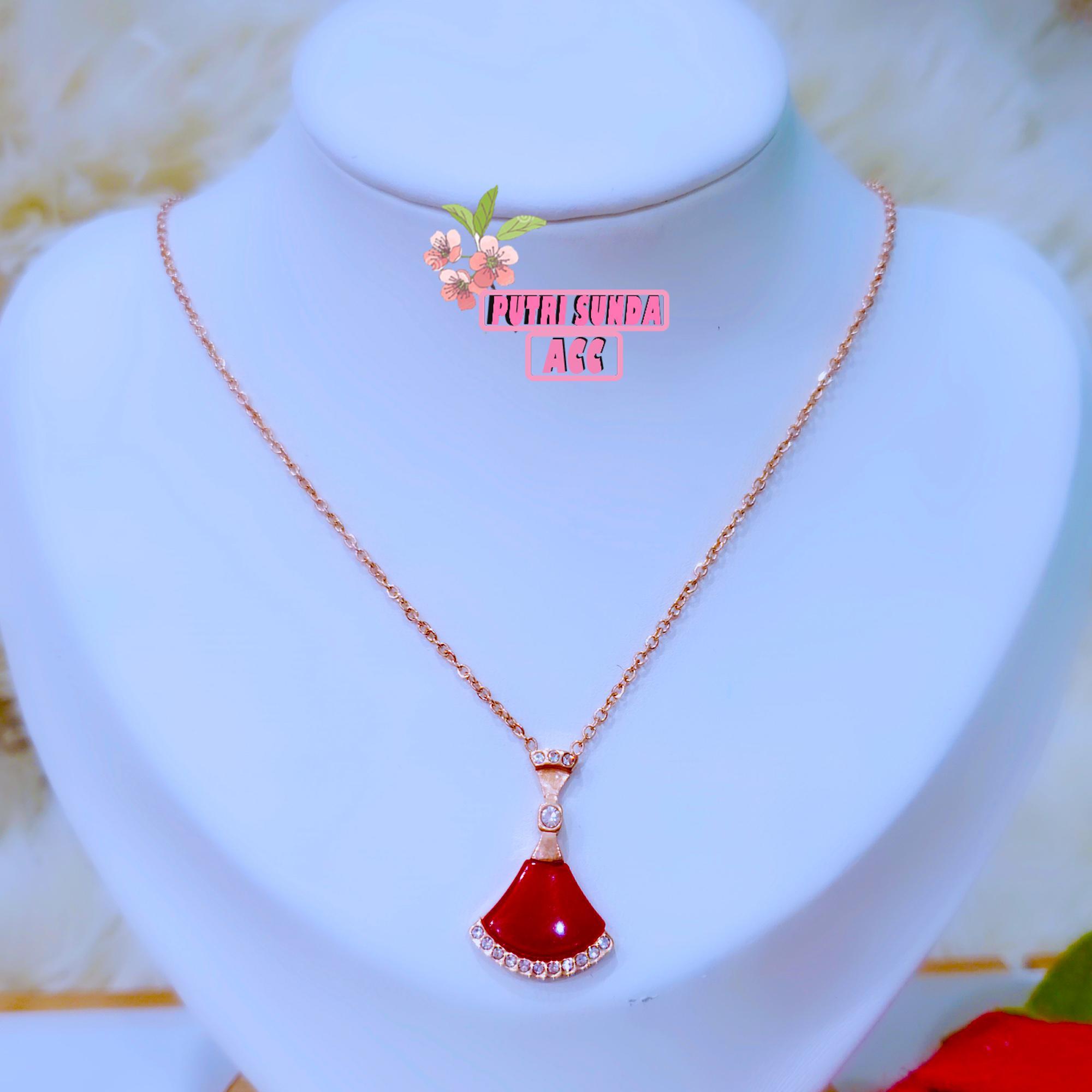 kalung titanium wanita  berkualitas import cantik menawan daily motif merah delima kipas garis permata kekinian – rose gold