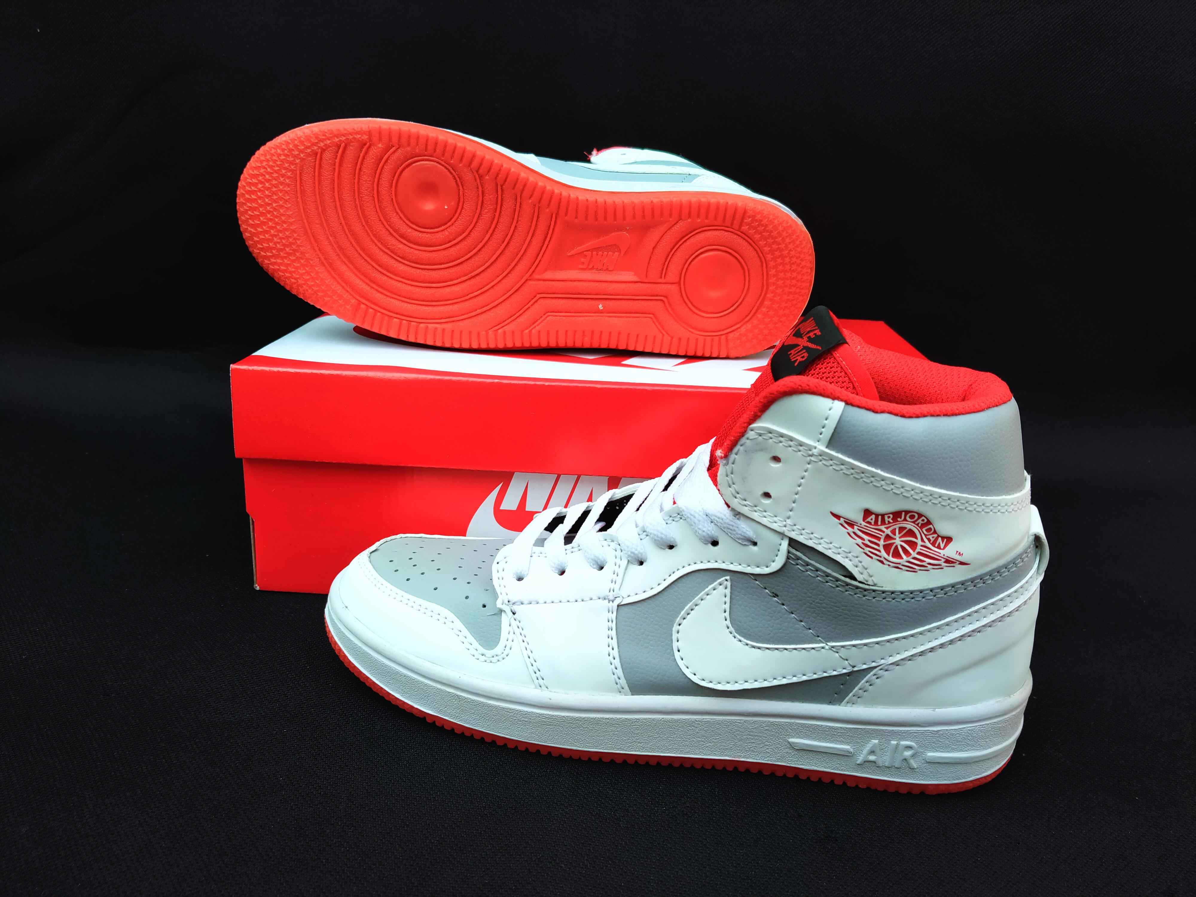 sepatusport-sepatu sneakers  pria&wanita sepatu  gratis ongkir / cod sneakers terlaris bisa bayar tempat