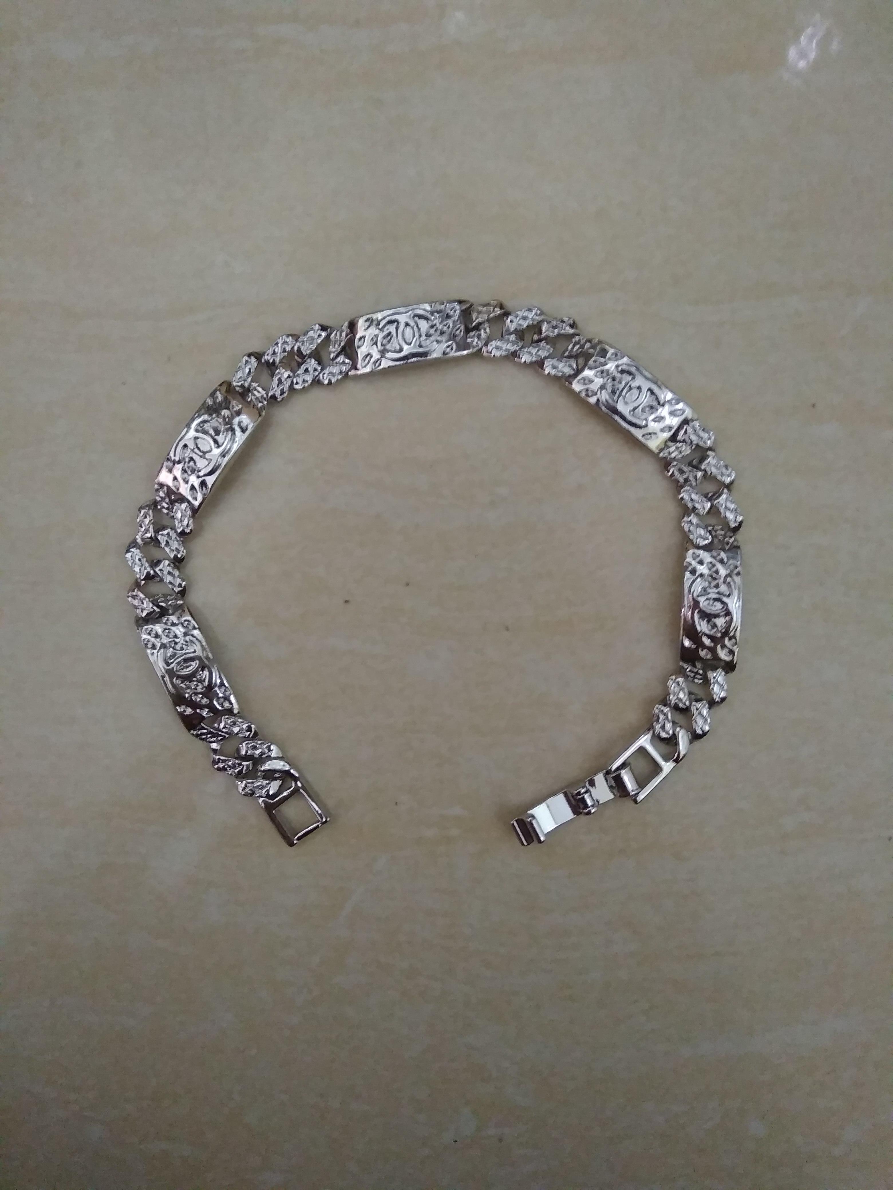 Review Gelang Xuping Perhiasan Wanita Motif Channel Silver Emas