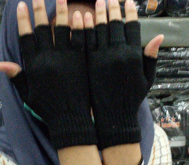 promo!!! sarung tangan polos sarung tangan rajut sarung tangan motor banyak varian masker motor masker kesehatan anti polusi masker pelindung mulut masker sepeda biker pengendara motor / bisa bayar tempat [cod]