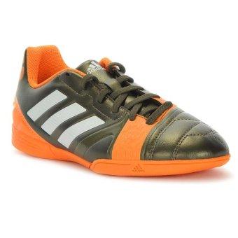 sepatu futsal adidas