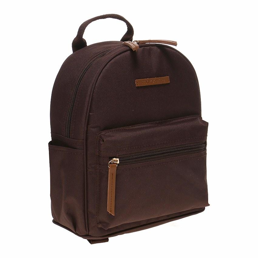 Tas Mayonette dirancang menggunakan material terbaik di kelasnya. Dengan bahan poliester yang kuat dan tahan lama, tas ini tampil begitu trendi dan modis.