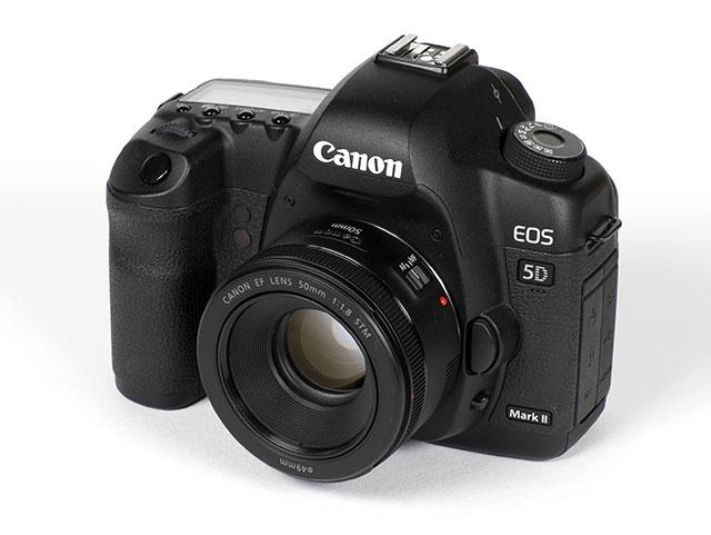Fitur Canon EF 50mm f/1.8 STM
