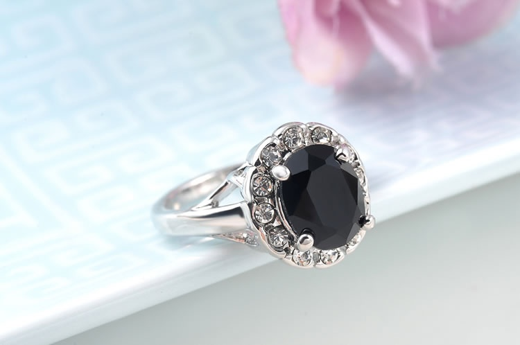 Big Black CZ Diamond with White Gold Plated Ring for Women
