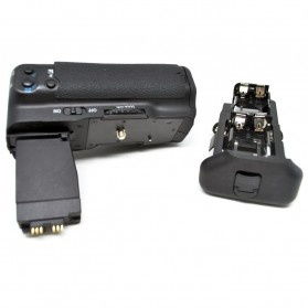 Battery Grip for Canon EOS 550D/600D/650D/700D - Black - 3